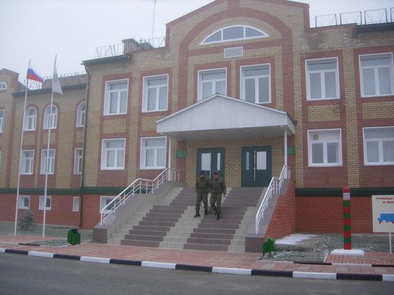 Здание погран-заставы в Усть-Коксе