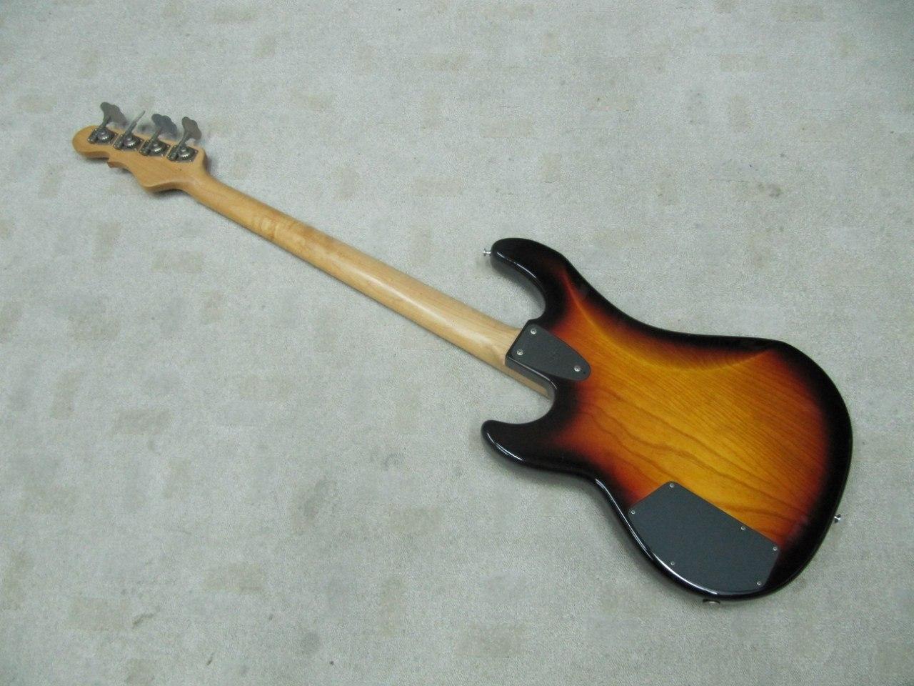 G&L L2000 USA 1993 бас гитара, активная эл., санберс, кейс (USA)/отличное - 1150 описание. схема упарвления. http...