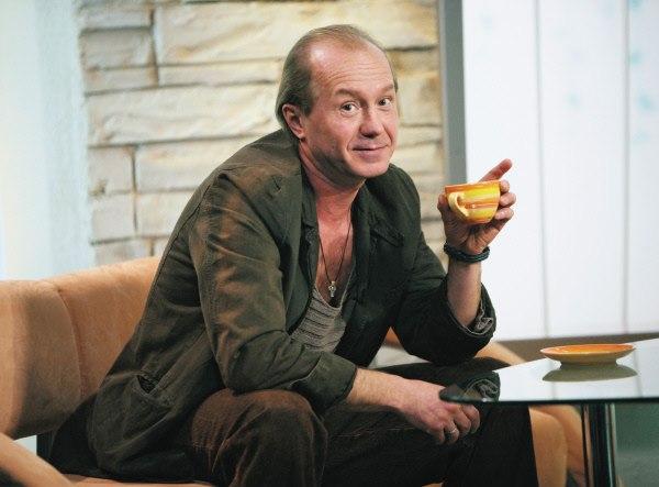 akter-aleksey-panin-skonchalsya
