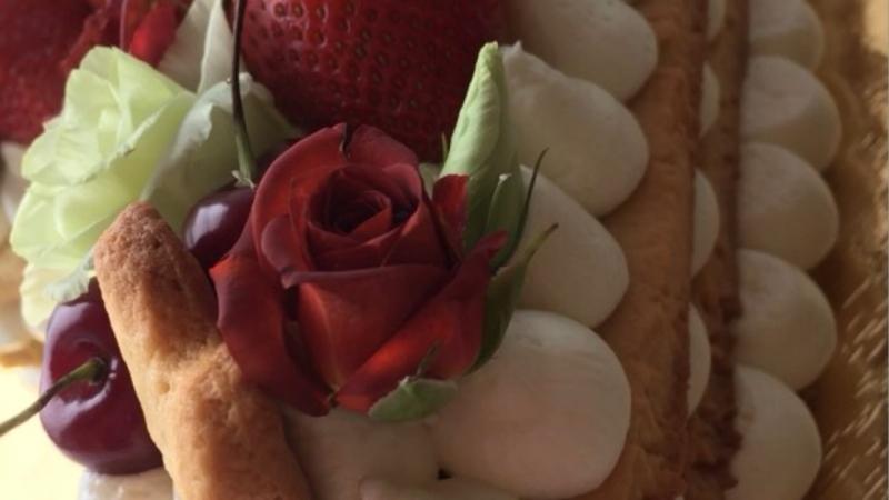 Песочный торт-цифра с кремом Дипломат