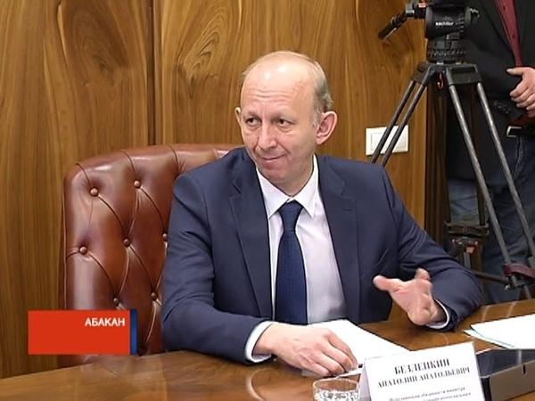 Коммунальные ЧП: руководителя Хакасии возмутило бездействие чиновников
