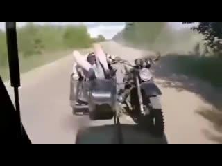 На мотоцикле в кусты, прикол года,смех