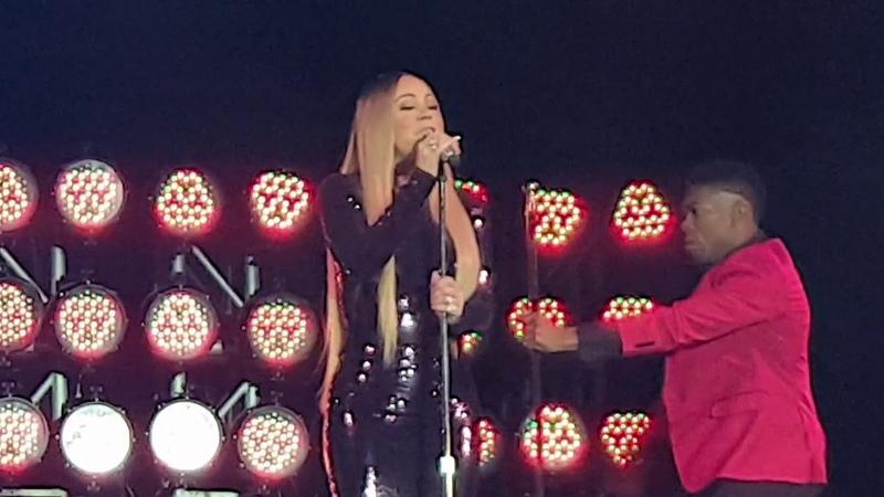 Honey - Mariah Carey (Live in Borobudur)