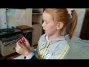 доча учит таблицу умножения