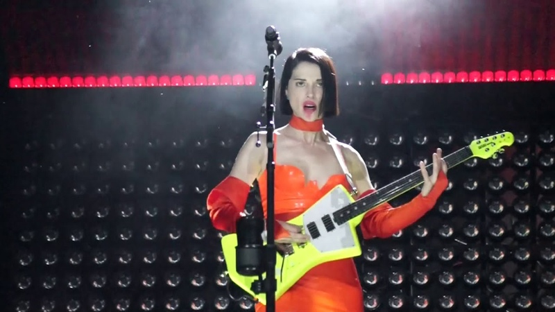 St. Vincent - Huey Newton (Milano, Magnolia, June 27th 2018)