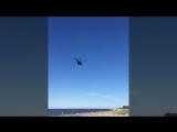 Вертолёт над пляжем на Яграх