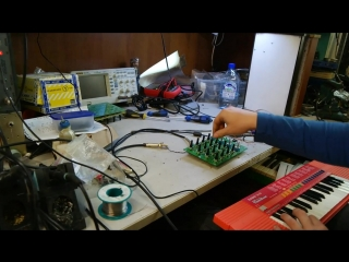 Expressor Mk.I VCF with toy Casio SA-20 synthesizer