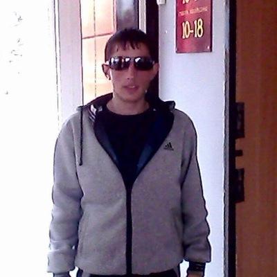 Юра Кузовлев, 31 октября 1995, Уссурийск, id208419594