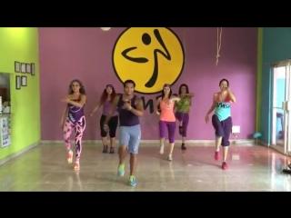 bailando enrique iglesias  ZUMBA IVAN MONTERREY feat. ZUMBA CHARITY