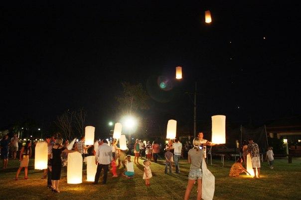 Лой Кратон - Праздник воды и света в Русском поселке в Таиланде