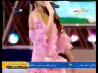 Haifa Wehbe - Yah Hyat Albi (Live).mp4