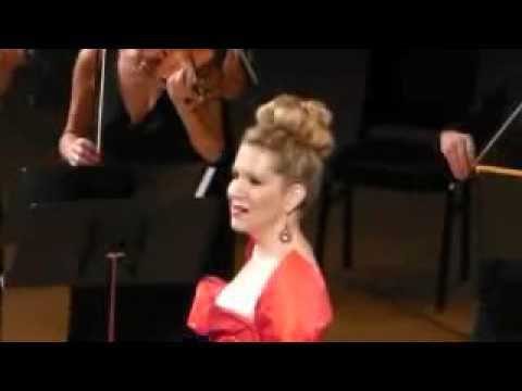 Joyce DiDonato - Piangero La Sorte Mia (LIVE)