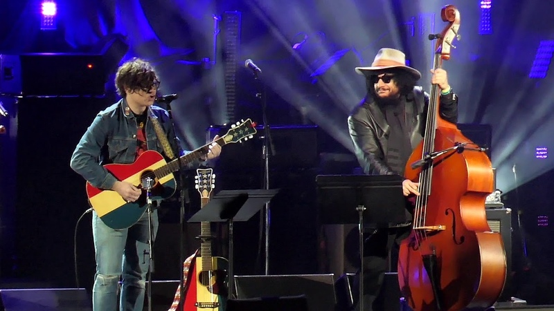 Ryan Adams with Don Was The Section Quartet Fell on Black Days live @ I AM THE HIGHWAY Chris Cornell tribute Los Angeles 16 01 2019