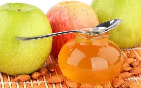 Катаракта в начальной стадии. Рецепт яблочно-медовых капель для глаз.
