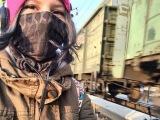 Рина Паленкова бросилась под поезд фото смерти 18+