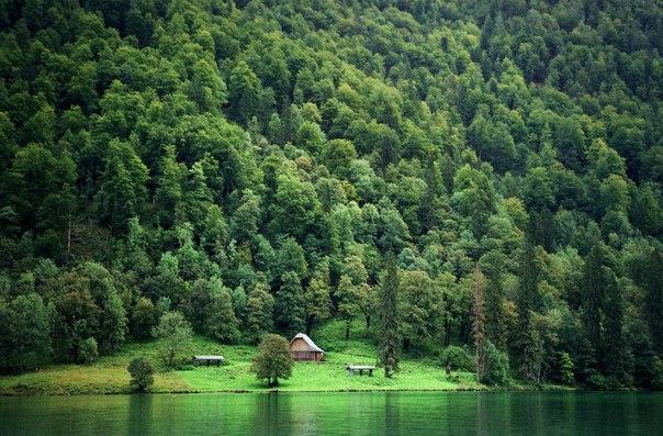 Кенигзее - озеро в Баварии. Автор фото: Ирина Видинеева.
