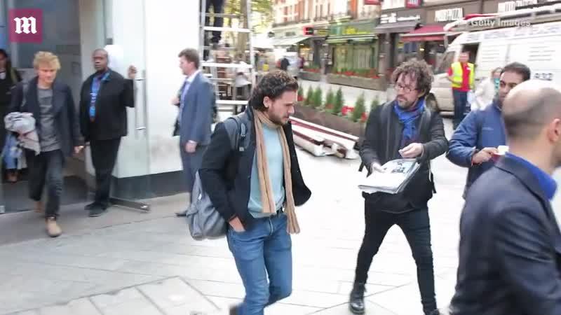 Кит Харингтон покидает Global Radio в Лондоне 14.11.18