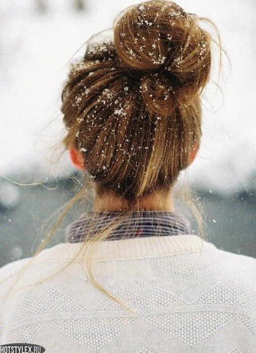 Девушки зимой на аву без лица