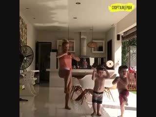 Тренируемся с детишками
