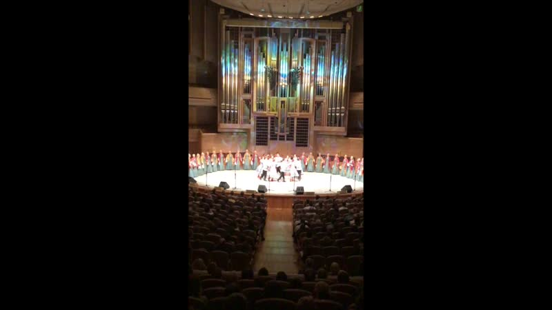 Международном доме музыки 23.04 2019 года sevhor (любительская видеосъемка)