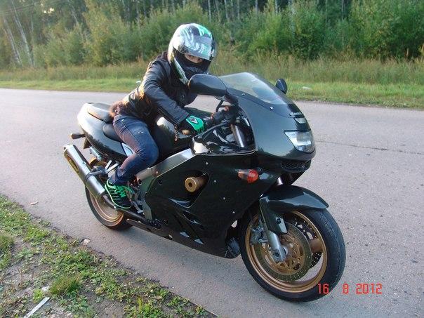 Фото прокаченных мотоциклов с девушками