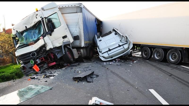 Dünyanın En Korkunç Trafik Kazaları İnanılmaz Araba Kazaları 1