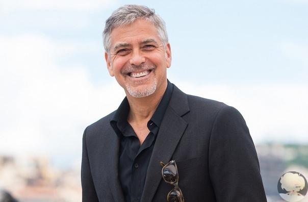 В 2013 году актер Джордж Клуни поразил 14 своих друзей, подарив каждому из них по миллиону долларов