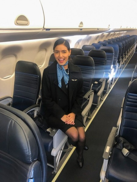 Стюардесса пострадала от маразма работодателя