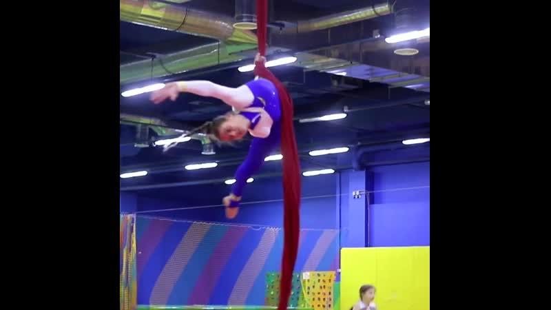 Магия воздушной акробатики в Невесомости Вавилон