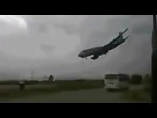 Авиакатастрофа в Казани на видеорегистратор 17 11 2013 Low