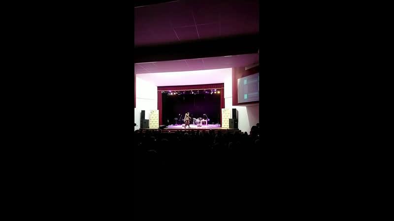 Хип Хоп группа The Bishops США на сцене ДК Строитель 😉