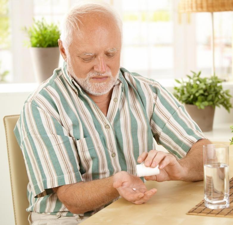 Оксикодон является опиоидным анальгетиком, который используется для облегчения при умеренной и сильной боли.