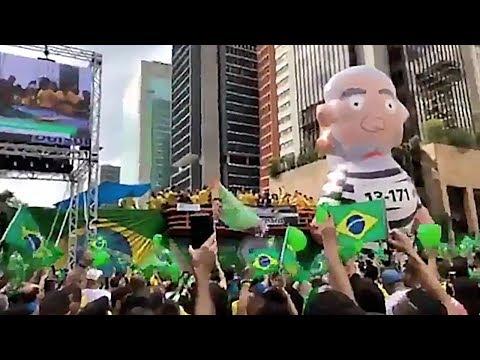 Janaina Paschoal fala para milhares de pessoas na Paulista em manifestação - 2110