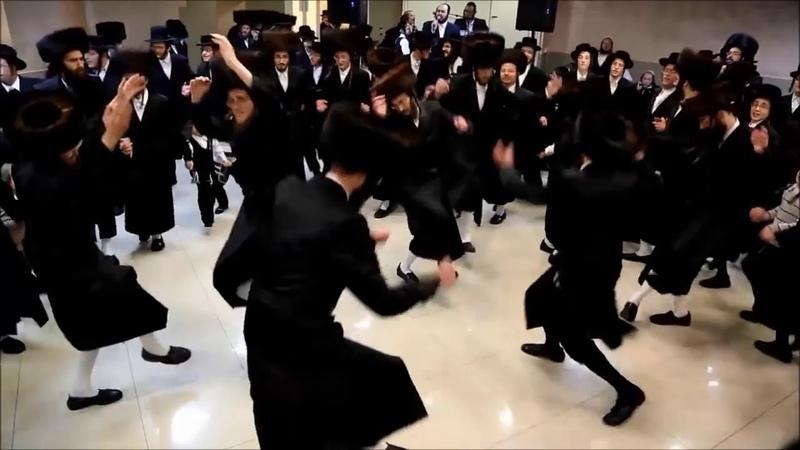 ESTRADARADA - Вите Надо Выйти (Official Music Video) Еврейские танцы. Хасиды танцуют.