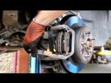 Ниссан Х Трейл Т31 (Nissan X-Trail) замена задних тормозных колодок