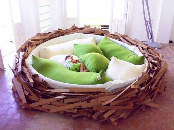 Создайте для ребенка гнездо.