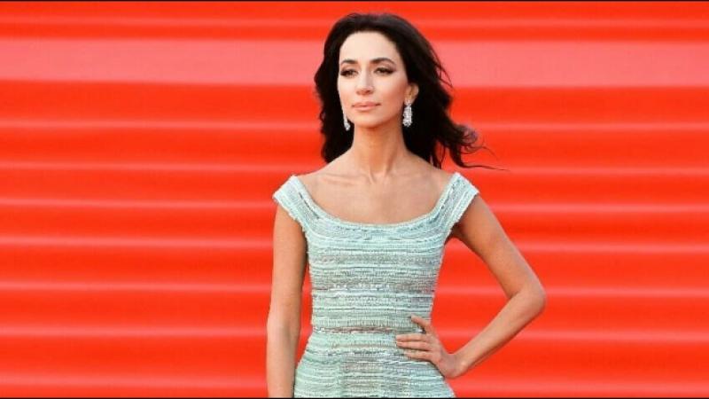 Зара ответила на вопросы журналистов на открытии 40-го Международного московского кинофестиваля.