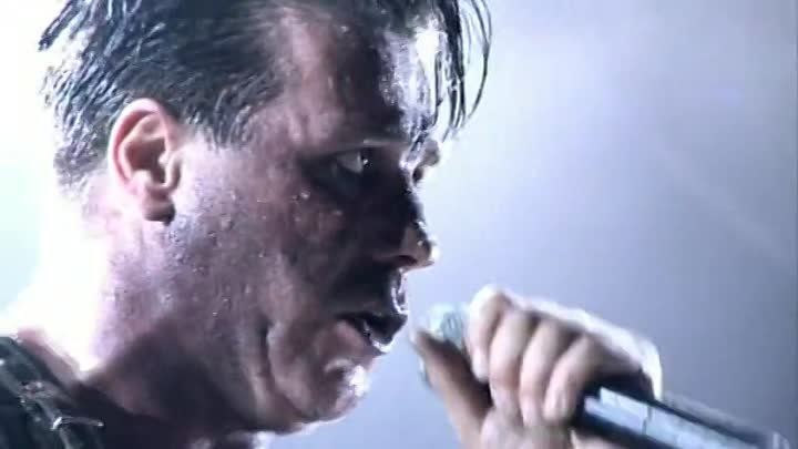 Rammstein - Volkerball live Les Arenes de Nimes (France 2005)