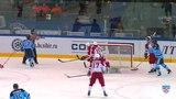 Моменты из матчей КХЛ сезона 1415 Гол. 52. Шумаков Сергей (Сибирь) в пустой угол добил 27.01