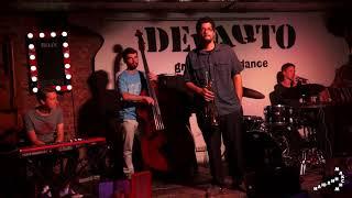 Анна Гелюк представляет Jazz Jam в DeFAQto с участием трубача из Нью Йорка Josh Evans 2018 08 14