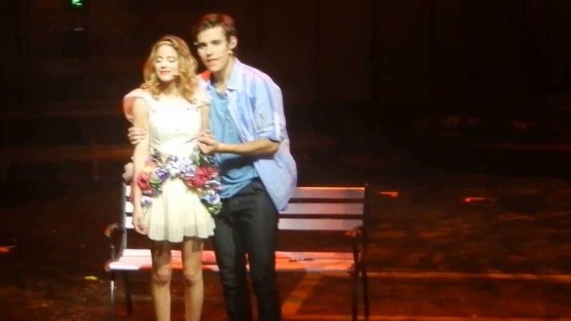 Violetta y Leon (Jorge Blanco) en Vivo Gran Rex 2013