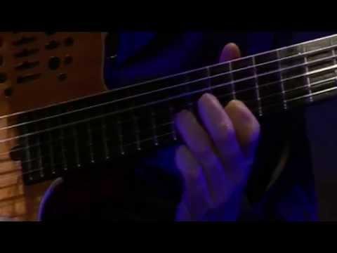 Giandomenico Anellino suona Beatles e MJ - acoustic cover - Regia Elettra Dafne
