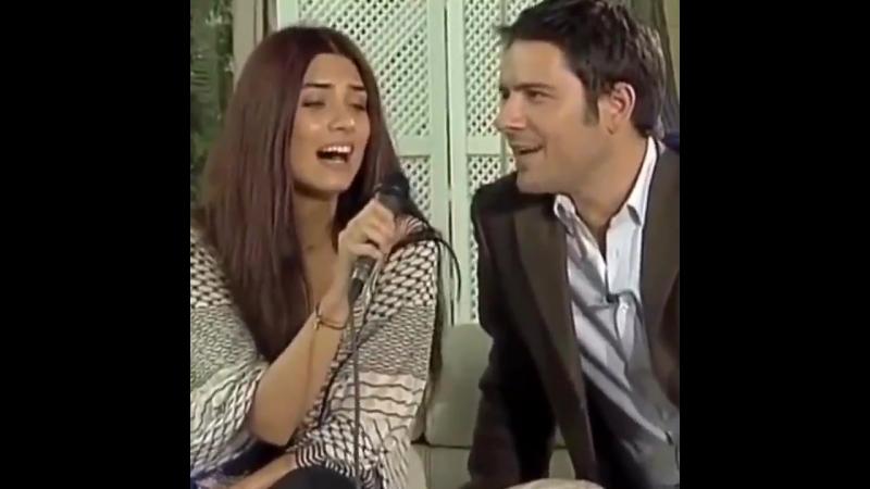 Туба и Кенан Эдже На передаче Şeffaf Oda март 2010 год