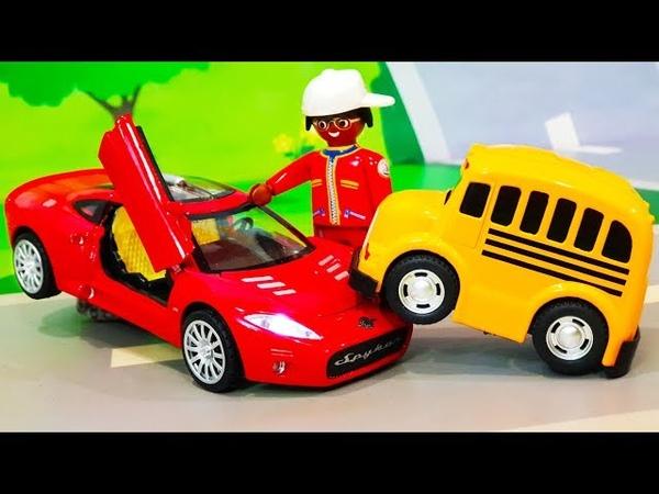 Мультик для детей. Желейный лизун для Петровича - Цветные машинки игрушки. Герои нашего ЛЕГО города