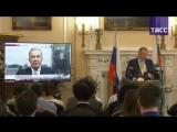 Посол России в Великобритании Александр Яковенко проводит пресс-конференцию.