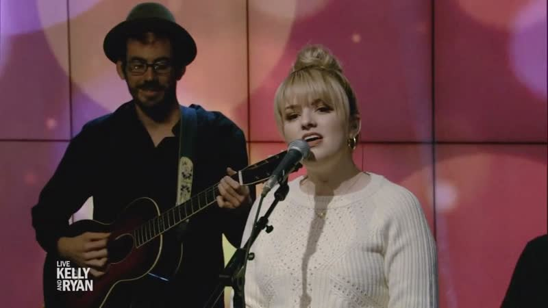 Maddie Poppe Have Yourself a Merry Little Christmas LIVE with Kelly and Ryan