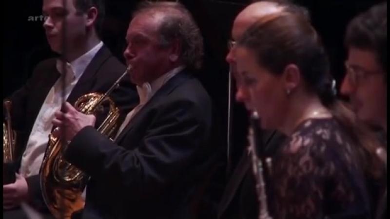 Grieg Piano concerto by Khatia Buniatishvili