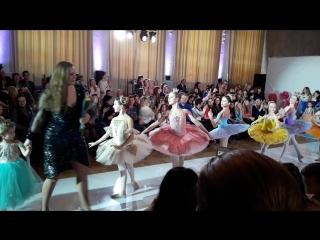 #kidsfashionweek #ТеатрМоды  Модель #Грации - Исакова Ксения   Designer - #МаксимДанилин 3