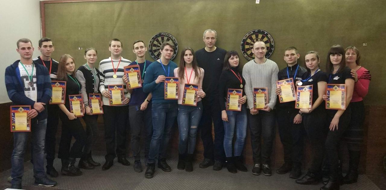 В Донецке состоялся чемпионат города по дартсу в парном первенстве среди студентов