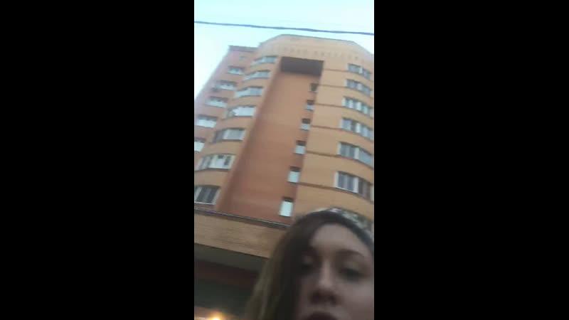 Vika Lis — Live